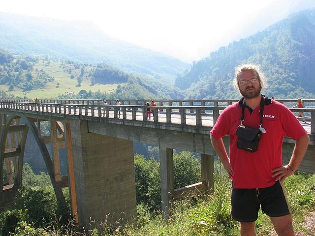 most cez rieku Tara